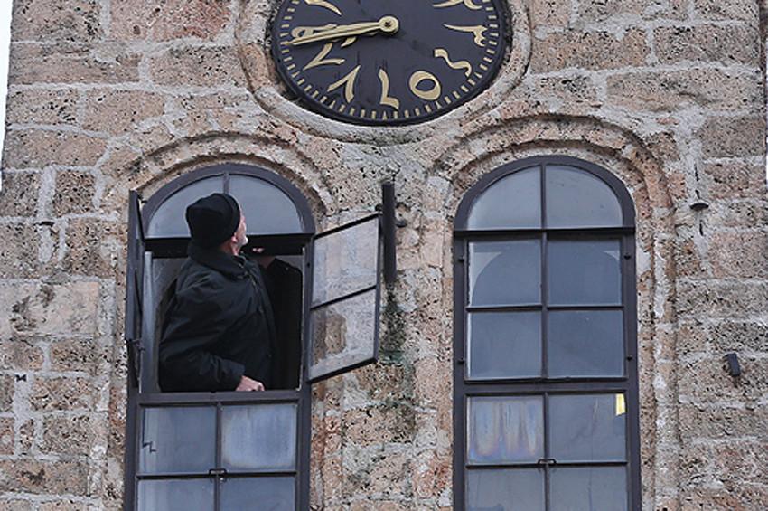 500 yıllık kulenin yarım asırlık muvakkiti
