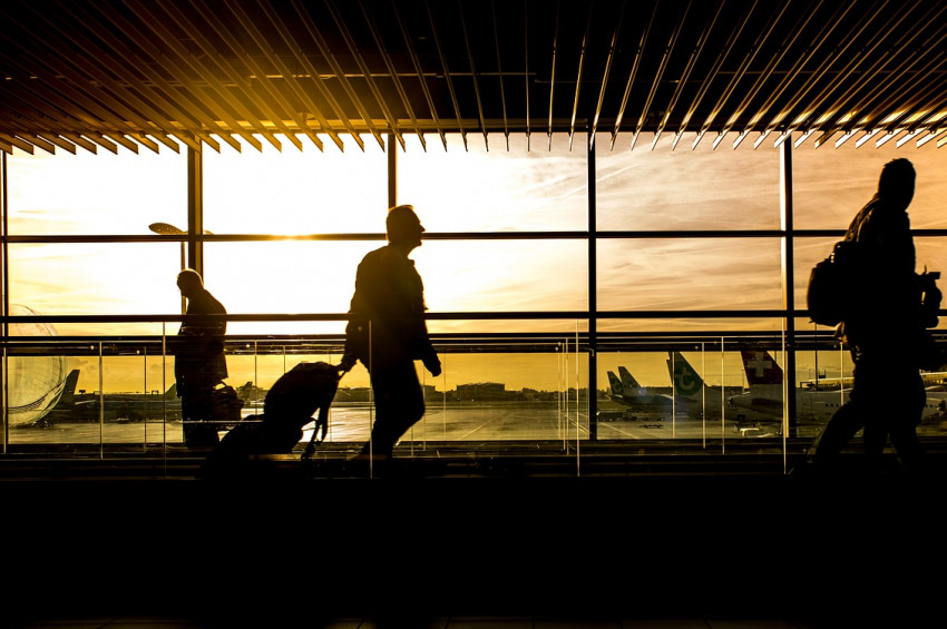 Uçak yolculuğu yapacak tansiyon hastalarına 12 tavsiye