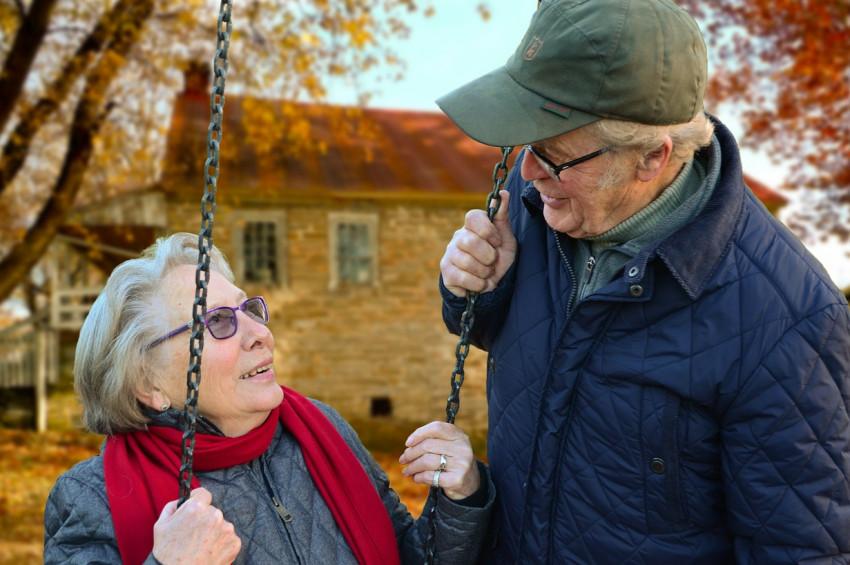 Yaşlı insan sayısı genç insan sayısını geçecek