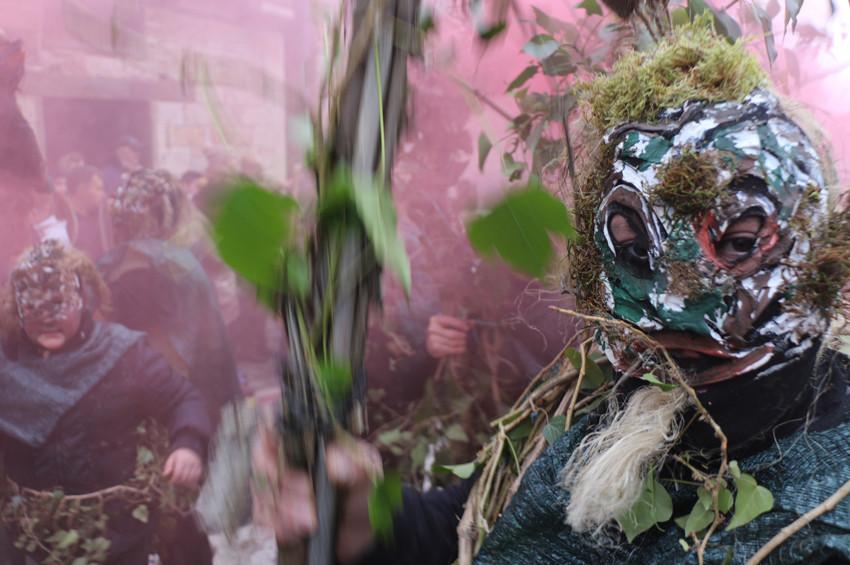 Antik çağdan kalma Vevçani Karnavalı