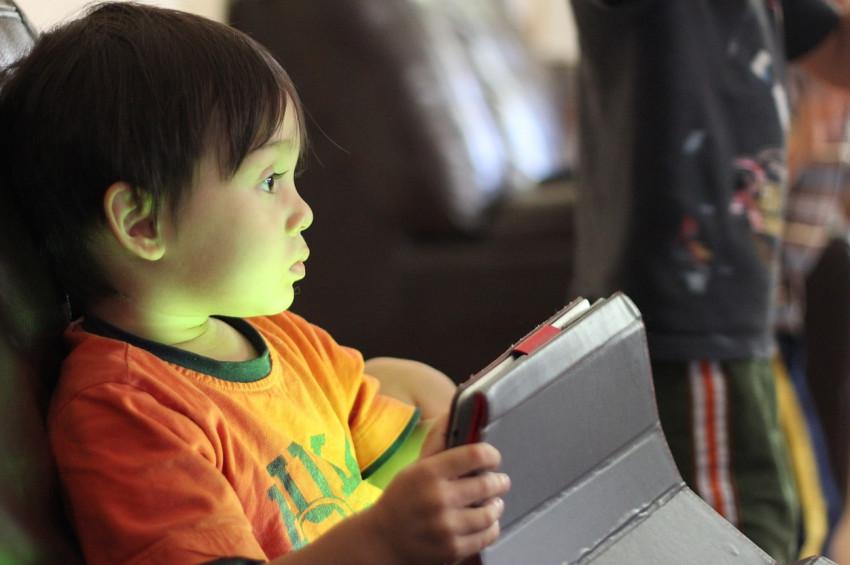 Fazla tablet çocuğu dilsiz bırakabilir