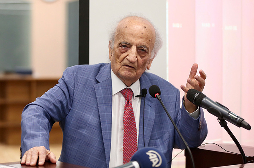 Prof. Dr. Fuat Sezgin: Kitaplarıma hâlâ kavuşamadım