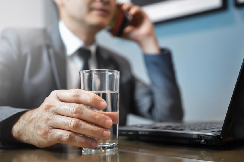 Bir bardak su içmeyince neler oluyor?