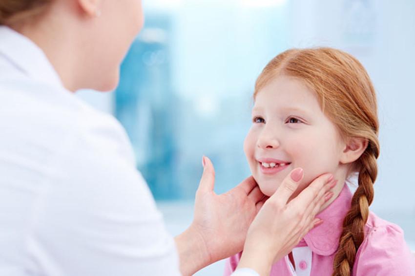 Sanılanın aksine bademcik yararlı, bademcik ameliyatı zararlı