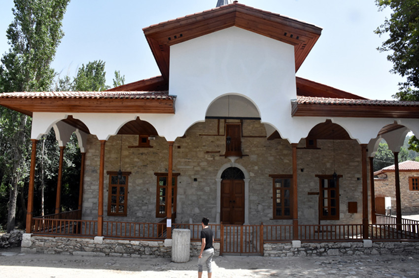 Stratonikeia Antik Kentinde teravih namazı kılındı