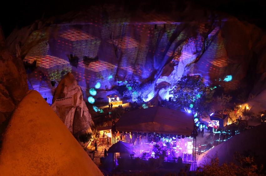 Peribacaları Cappadox Festivaliyle renklendi