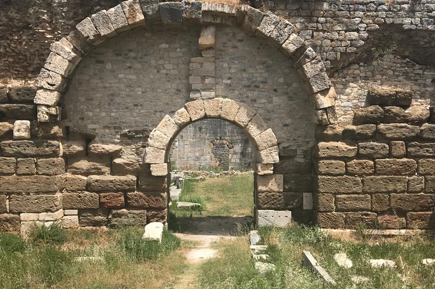 Bocchi Antik Roma Hamamlarını gezdirdi