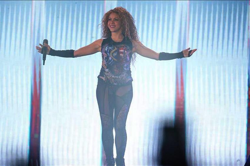 Shakira İstanbulda yaklaşık 2 saatlik konser verdi