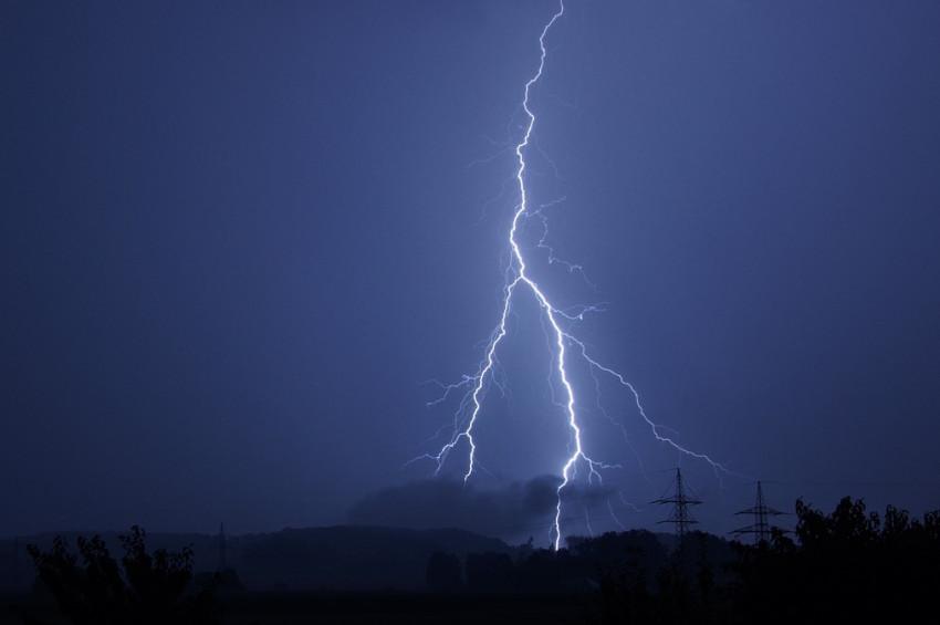 Doğu Anadoluda 3 ilde gök gürültülü sağanak etkili olacak