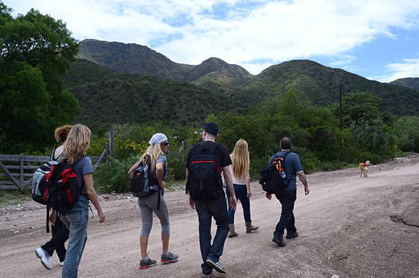 UFO meraklıları Uritorco tepelerine akın etti
