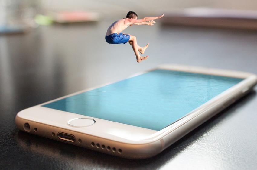 Cep telefonunuz çocuğunuzdan daha önemli değildir