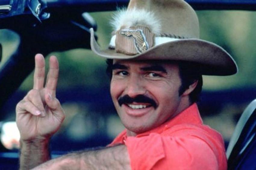 Ünlü Oyuncı Burt Reynolds hayatını kaybetti