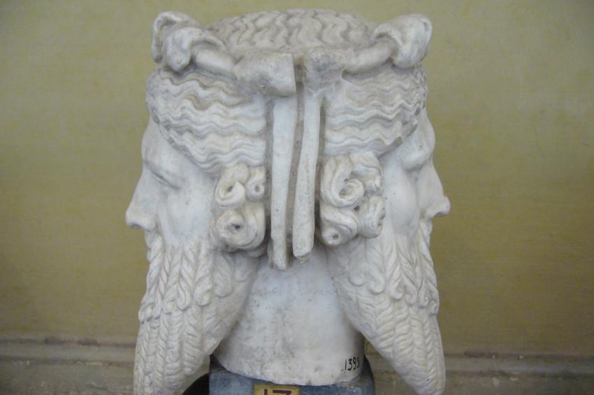 Romanın kozmik tanrısı: Janus