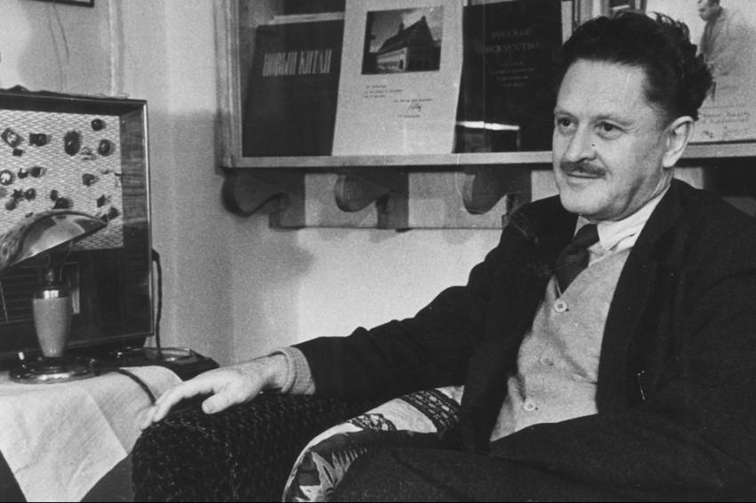 Yunus Emre Enstitüsü ünlü şair Nazım Hikmet'i anıyor