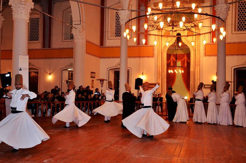 Mevlana Celaleddin-i Rumi ölüm yıldönümünde törenlerle anılıyor