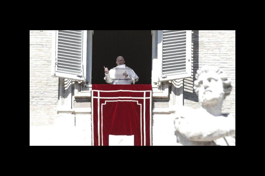 Papa Francesco: Çocuk istismarı pagan ayinlerinde insan kurban edilmesi gibi