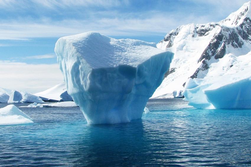 Antarktikadan büyük bir buz parçası kopacak