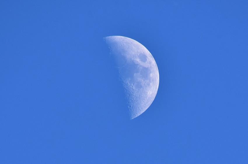 Meteor yağınca Ayda su buharı ortaya çıkıyor