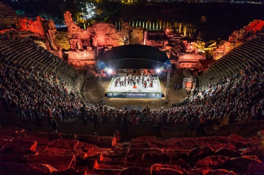 Antalyadaki Türk Rus Klasik Müzik Festivali yoğun ilgi gördü