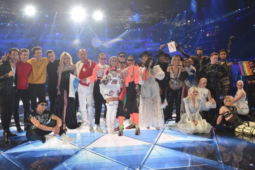 Serhat Eurovision Şarkı Yarışması'nda finale kaldı