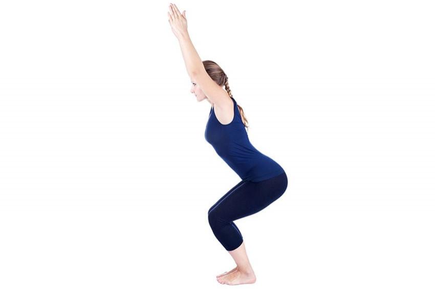 Uyuşukluğa şifa canlandırıcı yoga hareketleri