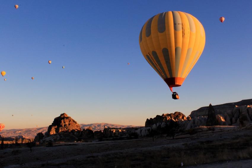 Kapadokya balon festivaline hazırlanıyor