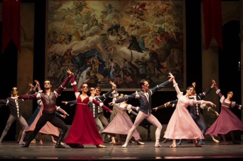 Devlet Opera ve Balesinin perdeleri yazın da kapanmayacak