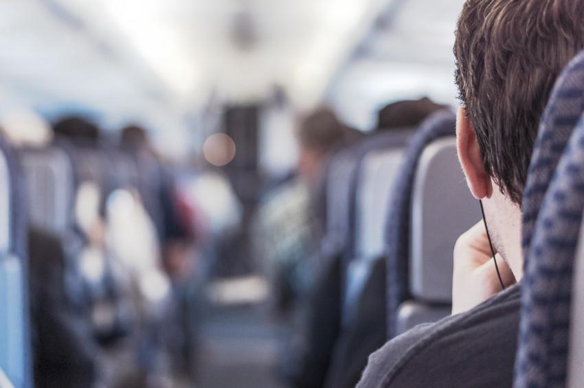 Uçakta kulak tıkanıkları için alınabilecek önlemler