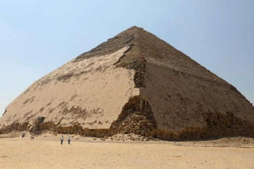 Mısırın farklı piramidi Bent ziyarete açıldı