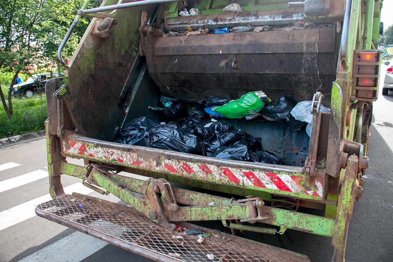 Çöp Kamyonu Kanunu