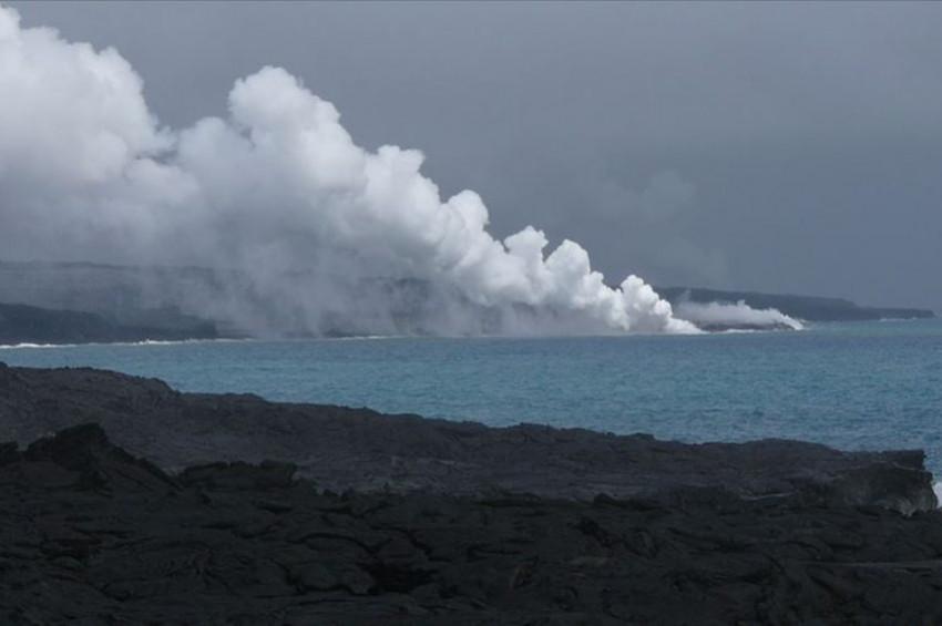 Pasifik Okyanusunun volkanik yüzen adaları