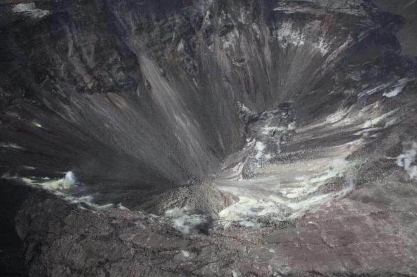 Geçen yıl ateş püsküren Kilauea volkanını su bastı!