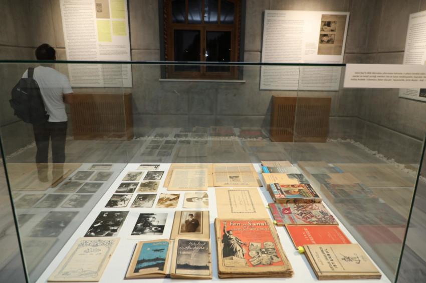 Kültür ve Sanat Hayatımızda Ebüzziya Ailesi sergisi sürüyor