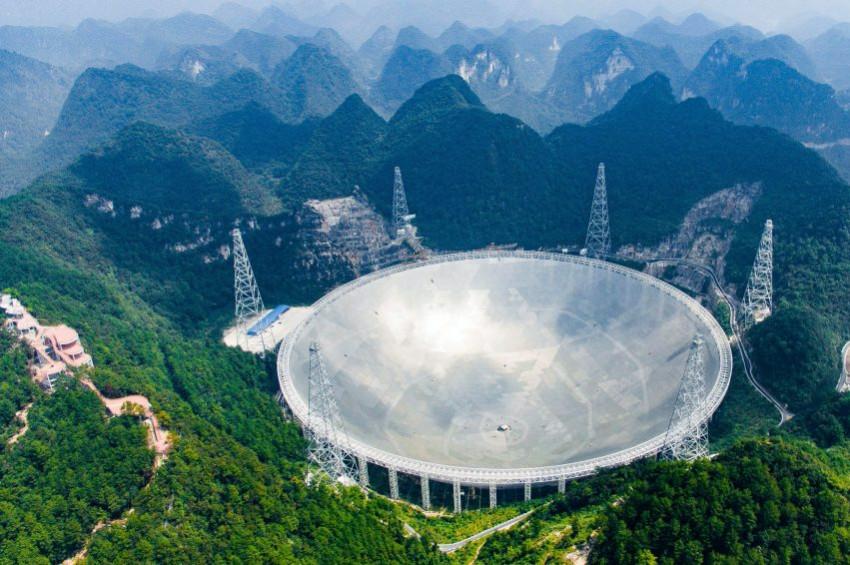 Çinden dev radyo teleskobu FAST jesti