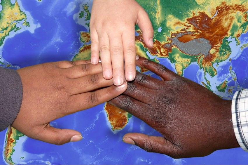 Başka ülkelere yerleşen yabancılara kolay yaşam için 5 öneri