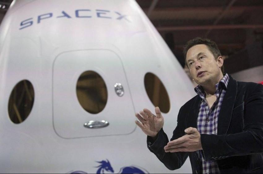 Elon Musk: Marsa insanlı ilk uçuş 6 yıl içinde olacak