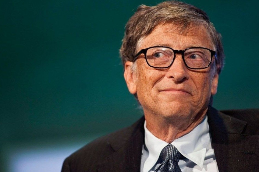 Bill Gates, insanlara mikroçip takmak için salgını kullandı iddiası
