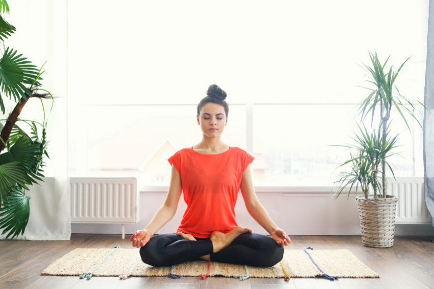 Yoga ve meditasyonla stresle baş edebilirsiniz