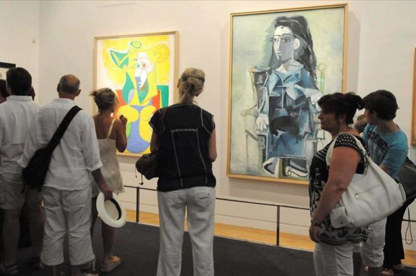 Picassonun tablosu piyango ile satıldı!
