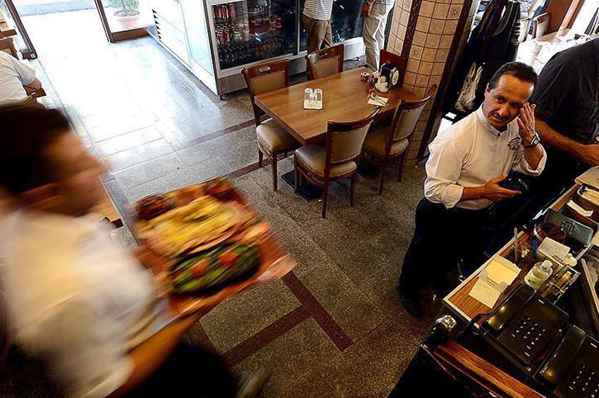 Restoranlar yeniden açılma sevinci yaşıyor