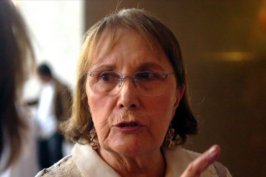 Ünlü yazar Adalet Ağaoğlu vefat etti