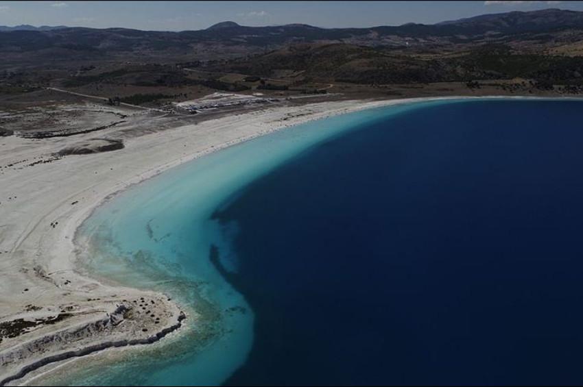NASA'nın Paylaşımı Sonrası Salda Gölü Ziyaretçi Akınına Uğradı