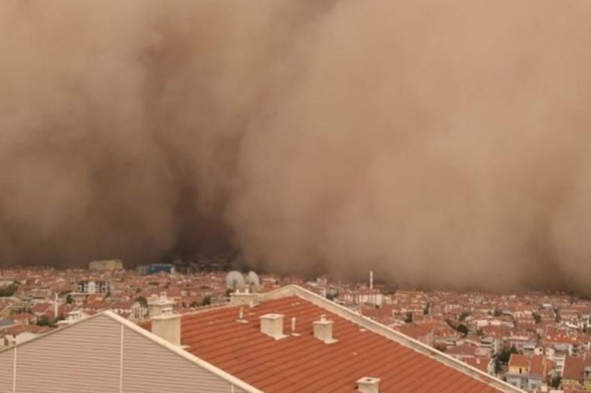 Ankaradaki kum fırtınasında 6 kişi yaralandı