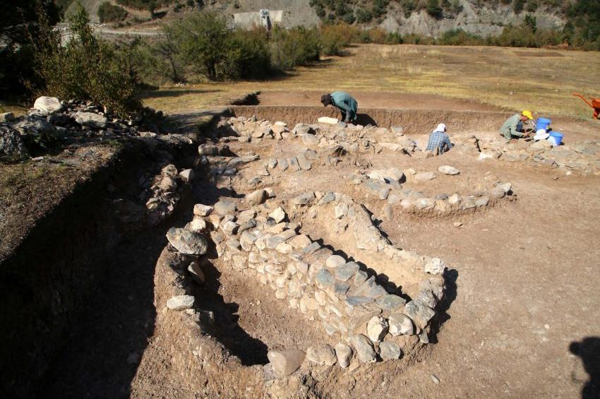 Kahin Tepedeki tapınak Neolitik inançların ipuçlarını ele veriyor