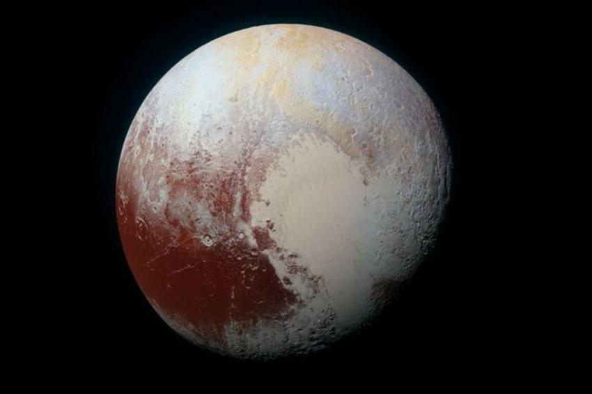 Plüton hızla soğuyor ve atmosferi inceliyor