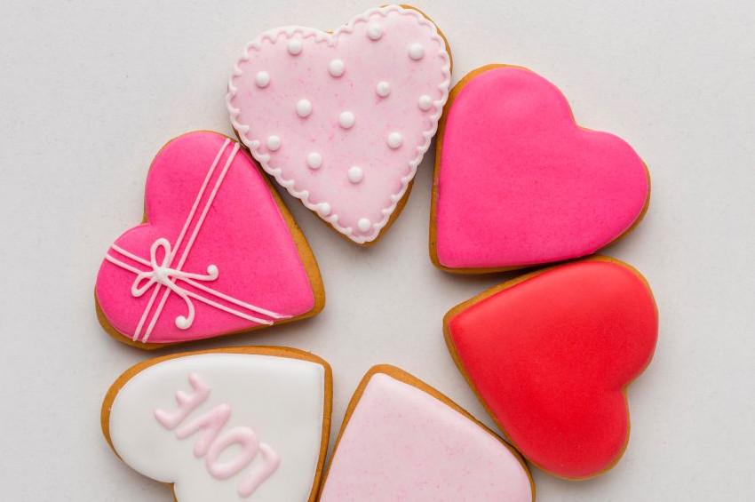 Sevgililer gününe özel kurabiye tarifi
