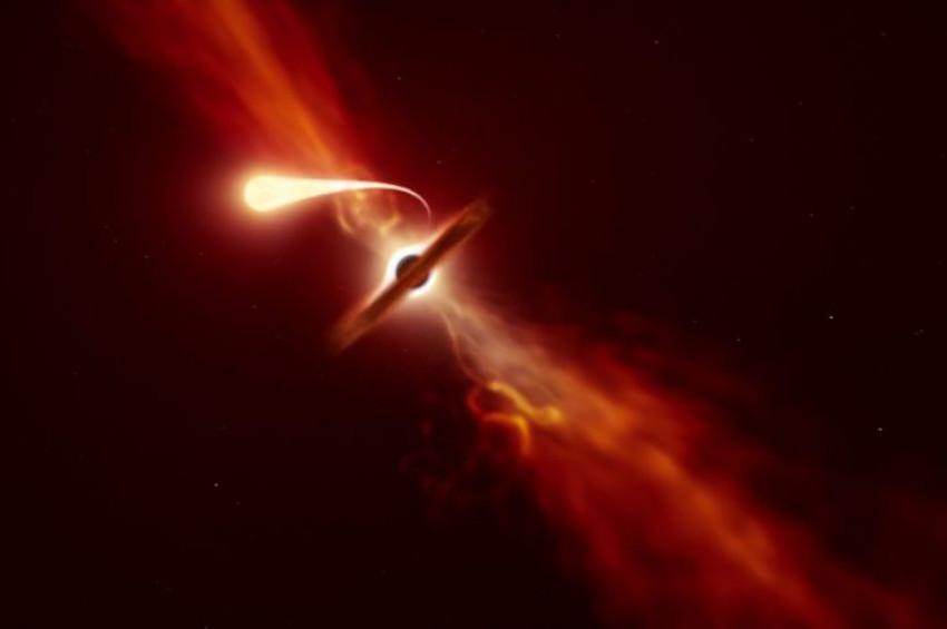 Kara deliğin yuttuğu yıldız peynir gibi sündü!