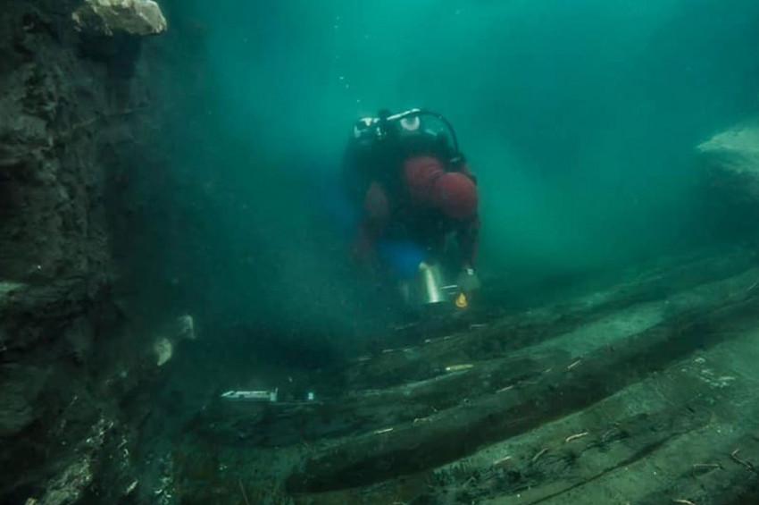 Mısırda 2 bin 300 yıllık batık gemi bulundu