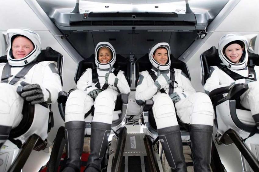 İlk uzay turistlerinin ilk şikayetleri