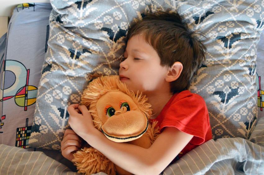 Çocukların uyku düzenine girmesi için yapılması gerekenler